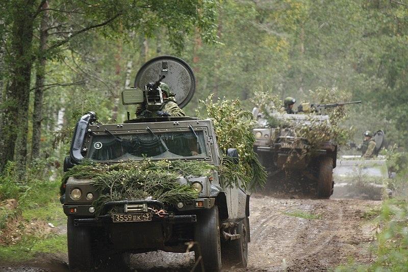 https://commons.wikimedia.org/wiki/File:Zapad-2017_-_Airborne_exercise_02.jpg